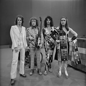Slade_-_TopPop_1974_6