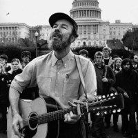you gotta walk that lonesome valley - Pete Seeger and Arlo Guthrie