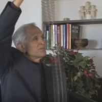 Understanding Trauma - Peter Levine and his Slinky